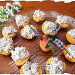 """recette Abricots fourrés """"thon-faisselle de Rians et menthe """""""