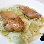 recette Foie gras poêlé et lit de ravioles