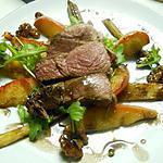recette Marcassin, salade chaude aux panais, pommes, noix et sirop de Liège