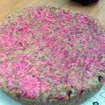 recette Gateau de pain aux noisettes décoré de sucre coloré rouge!