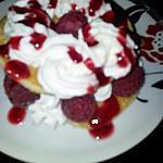 Pancakes gourmand aux framboises en millefeuille