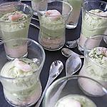 Verrines aux mousses de saumon et d'avocat