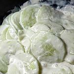 recette concombres à la crème fraîche