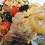 recette Poulet cocotte à l'ail et au citron servi avec un crumble de légumes du soleil