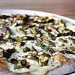 recette Pizza blanche aux asperges vertes