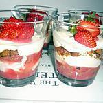recette Tiramisu spéculoos et son coulis de fraise