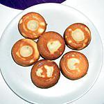 Muffins a la vanille avec coulis de chocolat noir (merci ninie24 pour les muffins)