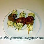 mini brochettes mozzarella , tomates grillées , herbes