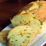 recette Cake au cheddar & aux petits pois