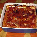 Hachis gratiné au chou-fleur, à la tomate et au basilic.