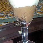 Mousse au chocolat flottante