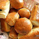 recette Petit pain au lait et mascarpone fourrés abricot sec-pâte d'amandes
