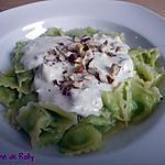 recette Ravioles, sauce crémeuse au philadelphia et noisettes