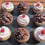 recette Assortiment cupcakes mousse framboises/mascarpone et mousse au chocolat