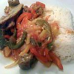 riz basmati au poivron au curry et viande d'agneau