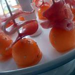 sucettes de melon au miel et à la coppa (apéro de noël)