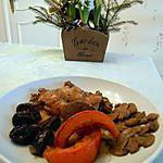 recette Lapin aux pruneaux et champignons, et tranches de potimarron rôties.