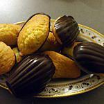 recette Madeleines pures beurre en coque de chocolat noir....