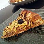 recette pizza croute fourré a la vache qui rit  et garnis au poulet rotis
