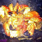 recette Pinces de crabe caramélisées à l'oignon confit