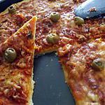 """recette """"Pizza express au thon et olives farcies aux anchois.."""""""