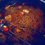 recette wok: poulet, legumes et nouille chinoise