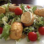 recette Salade de chèvre chaud au miel et madeleines au jambon cru