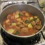 recette rougail saucisse pomme de terres et gros piment .
